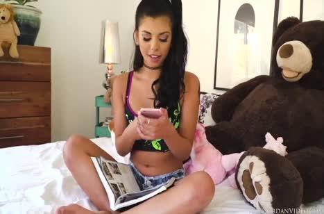 Развел похотливую Gina Valentina на жесткое порно